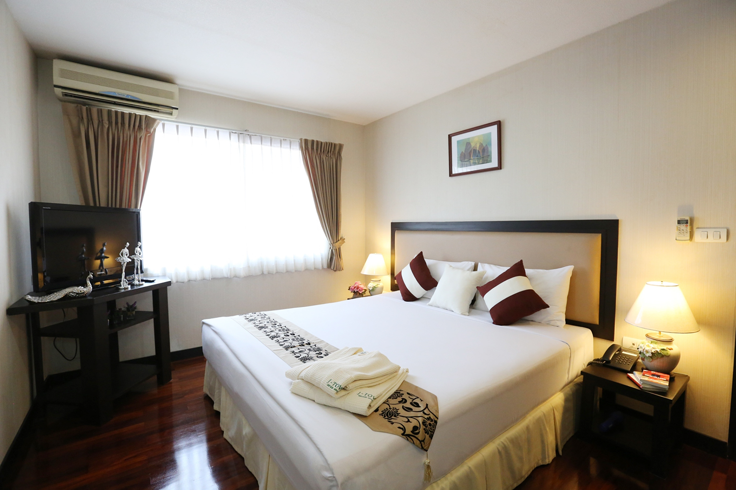 J-Town Serviced Apartments Sriracha